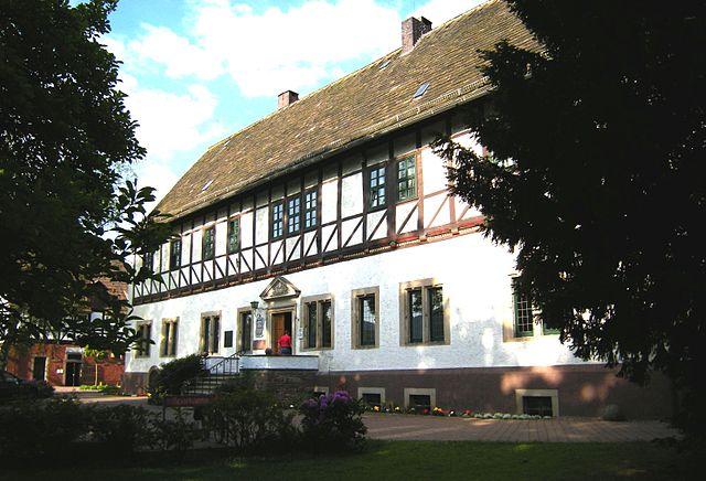 640px-Bodenwerder-Rathaus