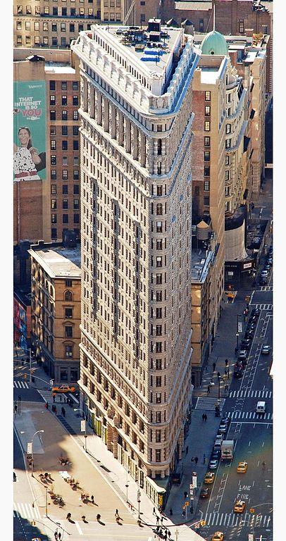 406px-Edificio_Fuller_(Flatiron)_en_2010_desde_el_Empire_State_crop_boxin