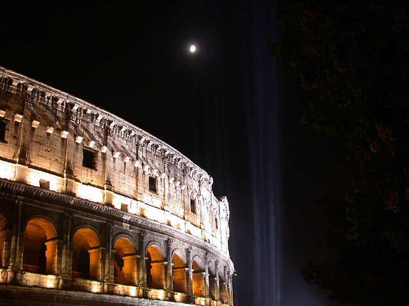 Colosseum_By_Night