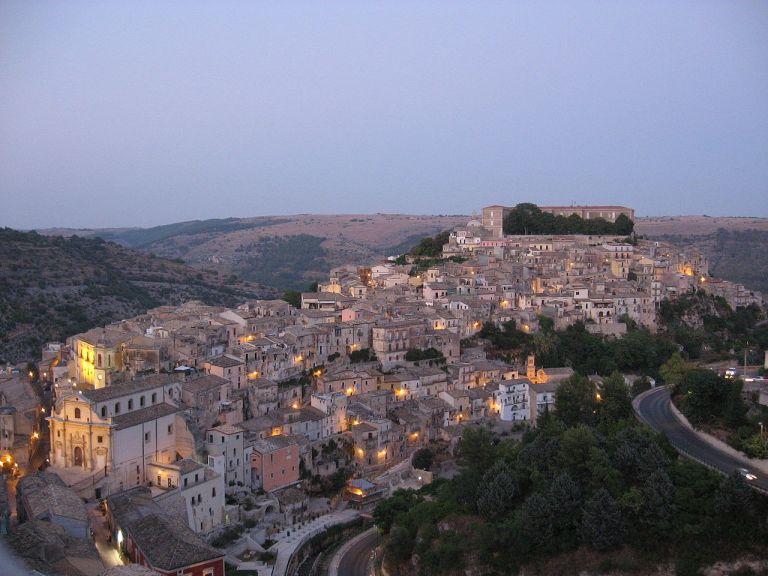 Ragusa_Ibra_(panoramica)